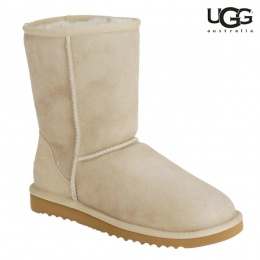 Boots UGG Short Ecru Disponible 雪靴尺寸36-38