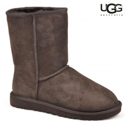 Boots UGG Short Choco Disponible  雪靴尺寸36-38